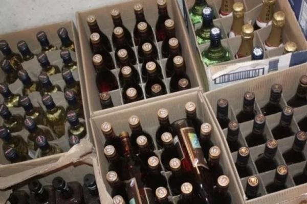 В Воронеже раскрыли несколько складов с поддельным алкоголем