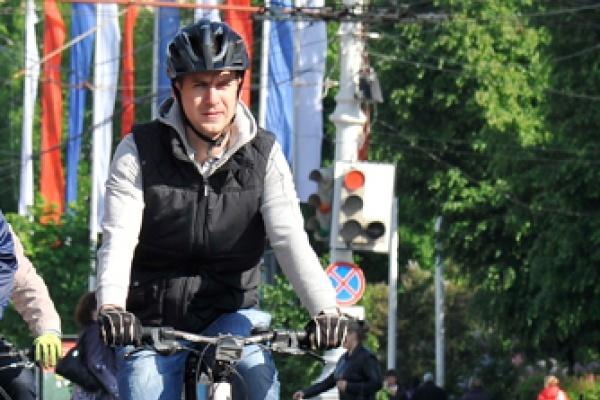 Алексей Антиликаторов сменил в воронежском АИР перешедшего в федеральную власть Владимира Логинова