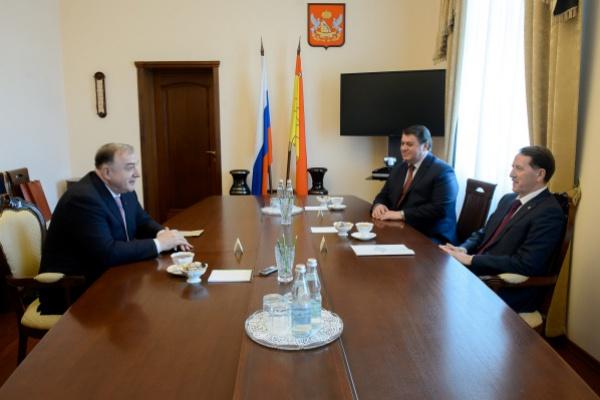 Абубакар Арсамаков вернулся в Воронежскую область с триумфом и проектом мегафермы
