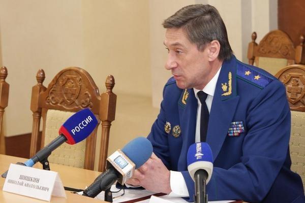 Подчиненными облпрокурора занялись воронежские следователи