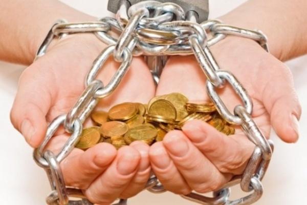 Филиал «Воронежавтодора» не захотел выплачивать сотрудникам 900 тысяч