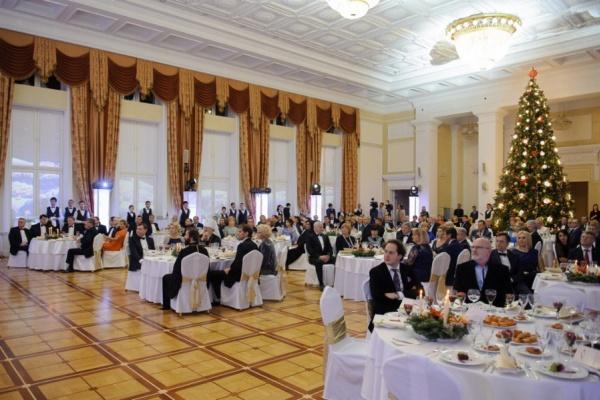 На балу воронежского губернатора собрали 90,7 млн рублей
