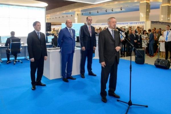 Александр Беглов приехал в Воронеж, чтобы обсудить импортозамещение
