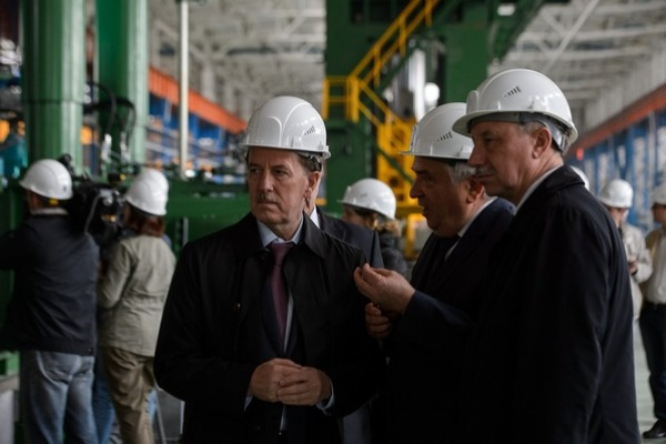 Владимир Путин назначил экс-губернатора Воронежской области полпредом в ЦФО