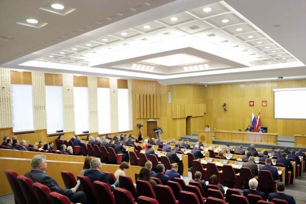 Воронежская облдума приняла впервом чтении главный денежный документ региона