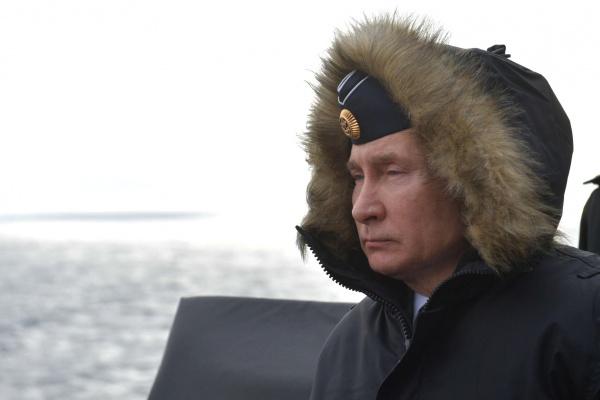 Президент объявил нерабочим весь апрель из-за коронавируса