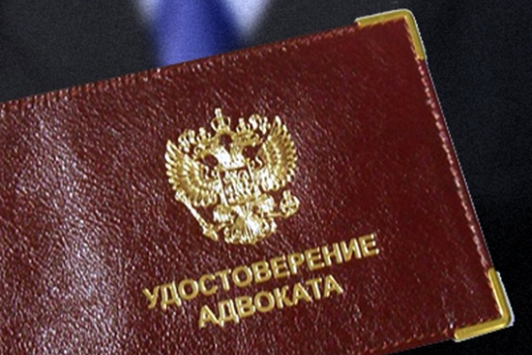 Воронежские силовики продолжают адвокатскую практику