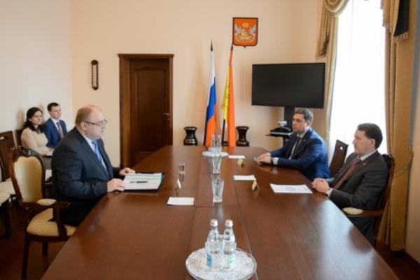 Опыт Воронежа в борьбе с нелегальным алкоголем будут использовать по всей стране