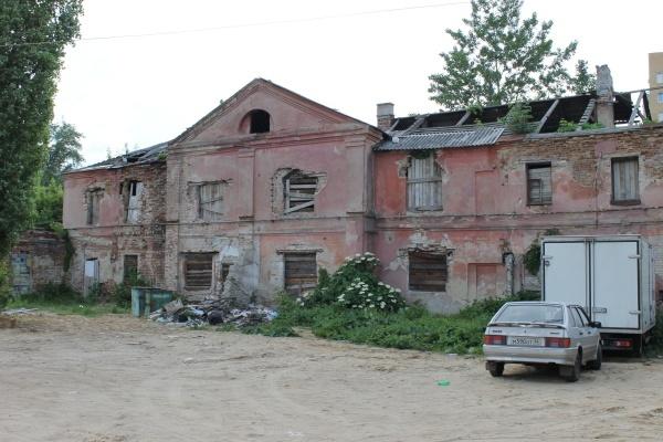 Самый старый дом Воронежа разрушается на глазах чиновников