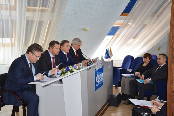 Воронежский сенатор: «Регулирование отношений поставщиков и потребителей газа обеспечит безопасность»