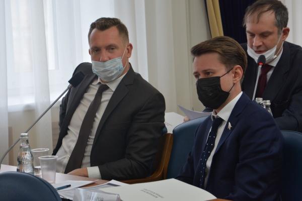 КПРФ и эсеры отказались поддержать рост платы за коммуналку в Воронеже