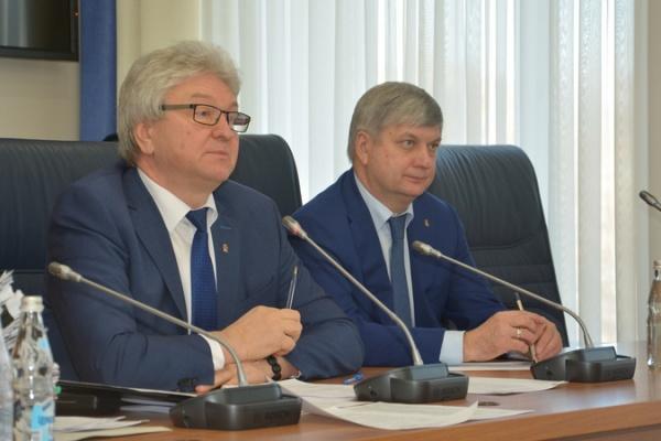 Власти города Воронежа круче президента России