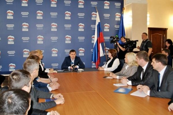 Владимир Нетесов  провел предстартовый инструктаж для участников воронежских праймериз