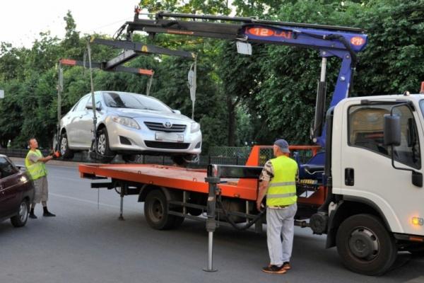 В Воронеже не будут эвакуировать машины по низкой цене