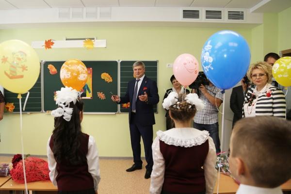 Воронежские власти вложат миллиард рублей в строительство двух школ