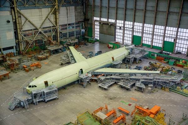Воронежский авиазавод передал первый Ил-96-400М на окончательную сборку