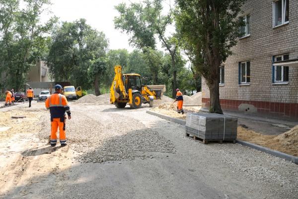 Благоустройство воронежских дворов власти пообещали завершить до сентября