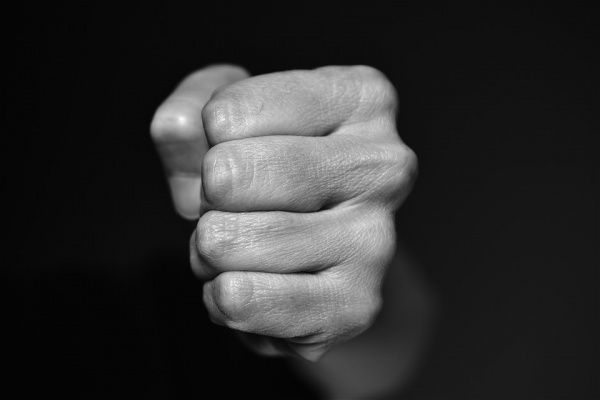 Россия выплатит 7,5 тыс. евро жертве домашнего насилия из Воронежа