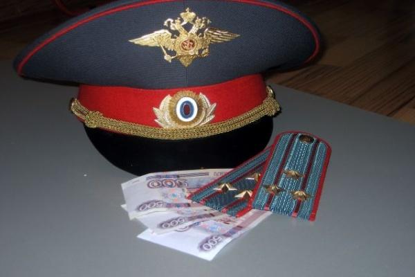 Под Воронежем за взятку осужден полковник полиции