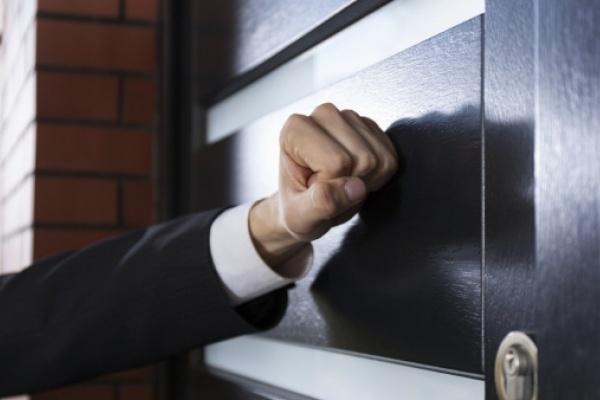 Власти решили защитить воронежских должников от коллекторов