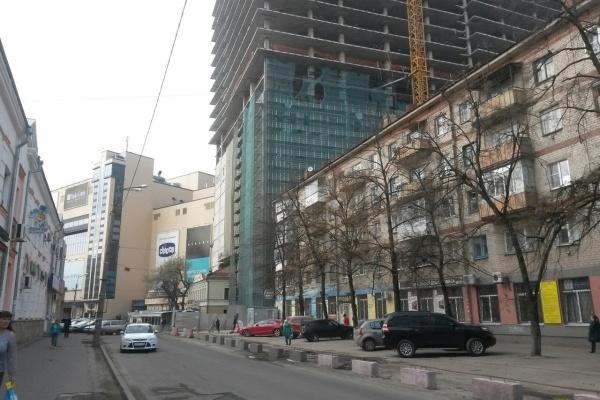 В Воронеже на стройке погиб 19-летний рабочий