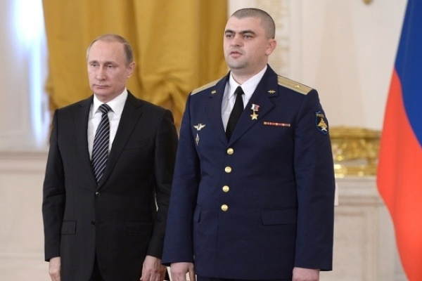 Воронежский летчик получил за Сирию Звезду Героя