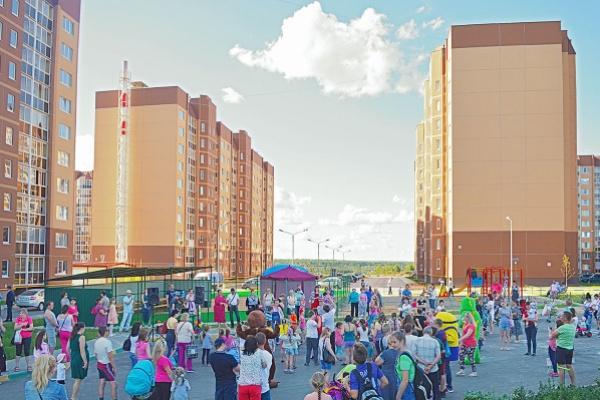 В воронежском «Ласточкино» открылась детская площадка нового поколения