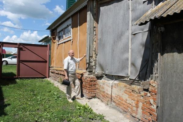 Воронежскому ветерану сделали ремонт «для галочки»