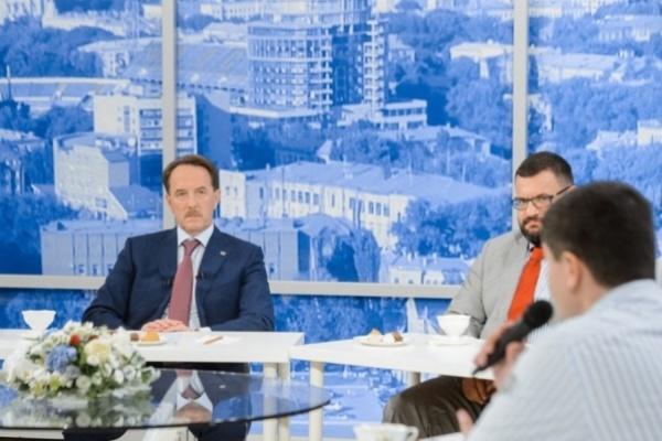 Воронежцы переживают трудные времена, констатировал губернатор
