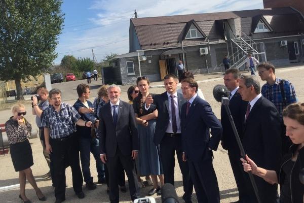 Воронежский губернатор соединил свою кампанию с кампанией лидера «Родины»