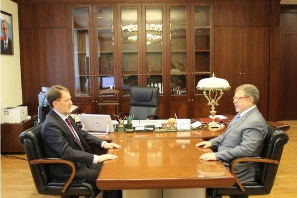 Бывший воронежский губернатор принял двух старых знакомых