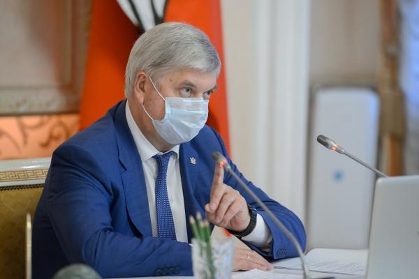 Воронежский губернатор оказался в «хорошистах» рейтинга устойчивости глав регионов
