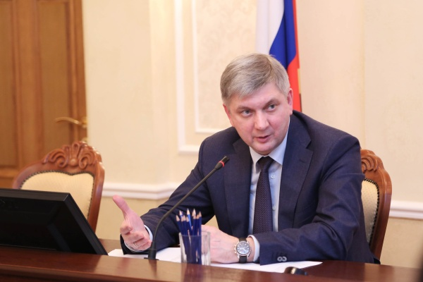 Воронежский мэр поднялся на теме отмены собственных выборов