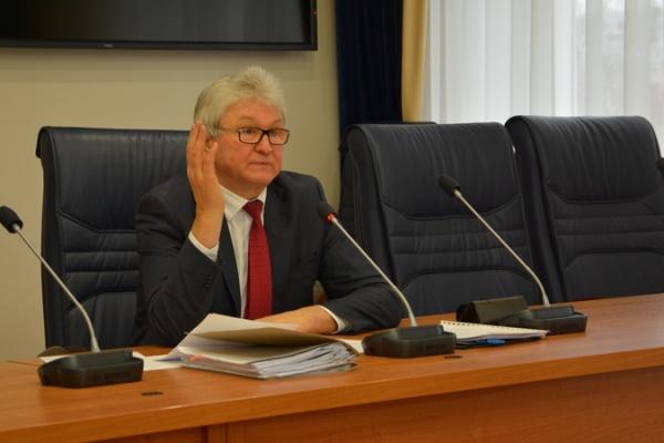 Почему Владимир Ходырев не вошел в комиссию по выборам мэра Воронежа