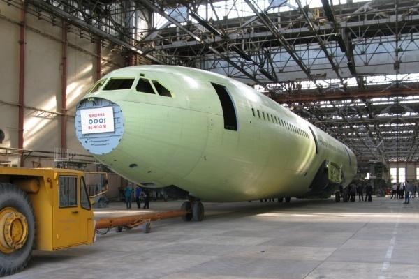 Кабмин отложил запуск воронежского производства бортов Ил-96-400М