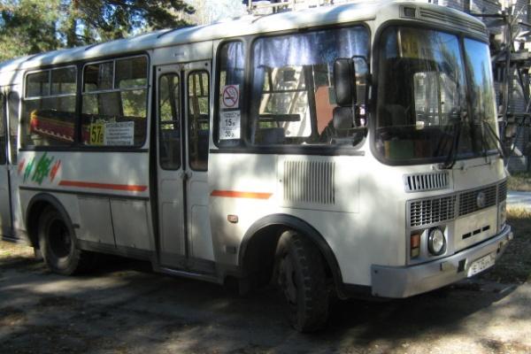 Воронежская маршрутка по очереди обслуживала живых и мертвых