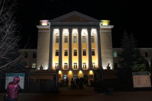 Воронежскую улицу украсило здание с уникальной светодиодной подсветкой