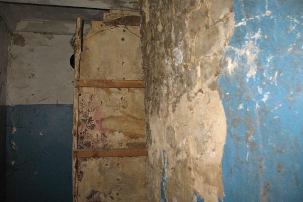 Жители воронежской многоэтажки девять лет ждут отсуженный капитальный ремонт