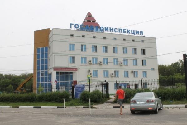 Воронежские автоинспекторы знакомятся с «опасным вождением»