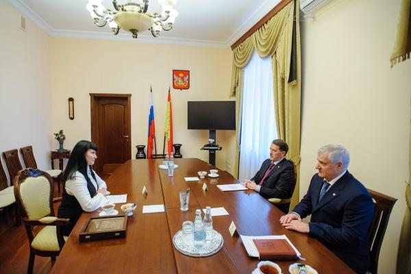 Воронежские судебные приставы вернули в бюджет 1,2 млрд рублей