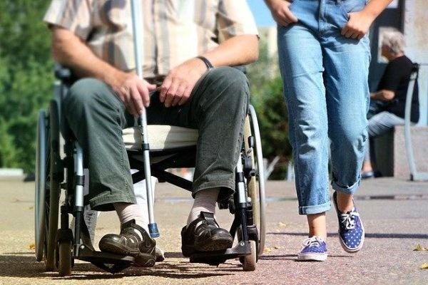 Воронежское правительство впервые выделит деньги на переоборудование жилья для инвалидов