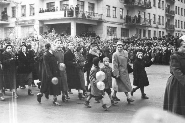 Воронежцы не считают единство поводом для праздника