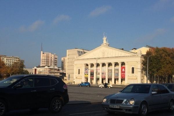 В Воронеже застроят сквер у театра оперы и балета