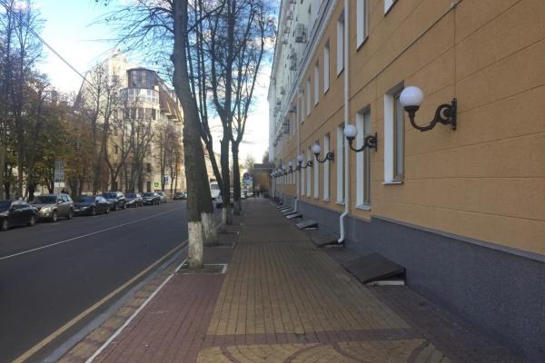 Тротуары для маломобильных воронежцев обустроят за 113,4 млн рублей
