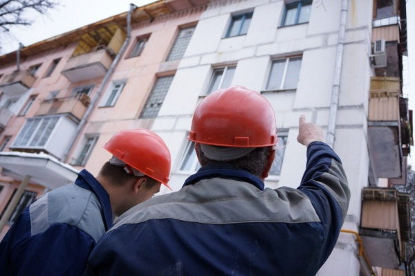 В 3-х многоэтажках Воронежа сорвали срок полноценного ремонта