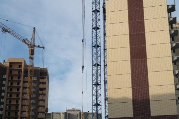 Темпы воронежского жилищного строительства падают отвесно