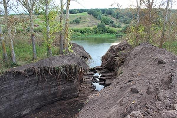 Канал «кражи» воронежского озера пресечен