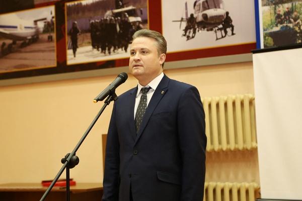 Вадим Кстенин подал документы в комиссию по выборам воронежского мэра