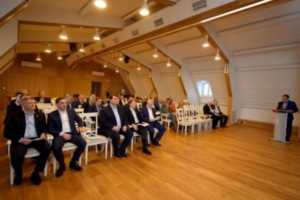 Воронежские «лидеры» говорят о благотворительности