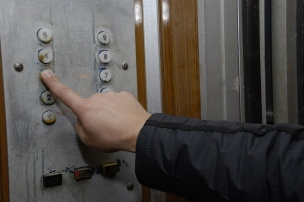 Воронежские власти намерены заменить лифты в 18 городских домах